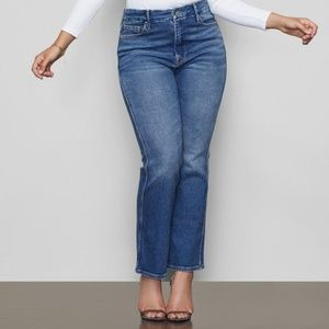 Good American Good Curve Straight Leg Jeans